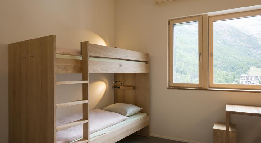 WELLNESS HOSTEL 4000