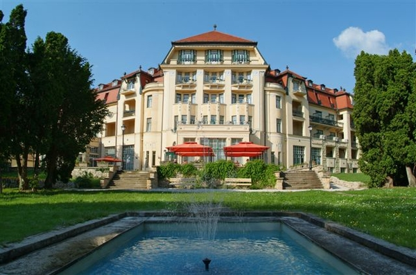 Hotel Danubius Health Spa Resort Thermia Palace 5*