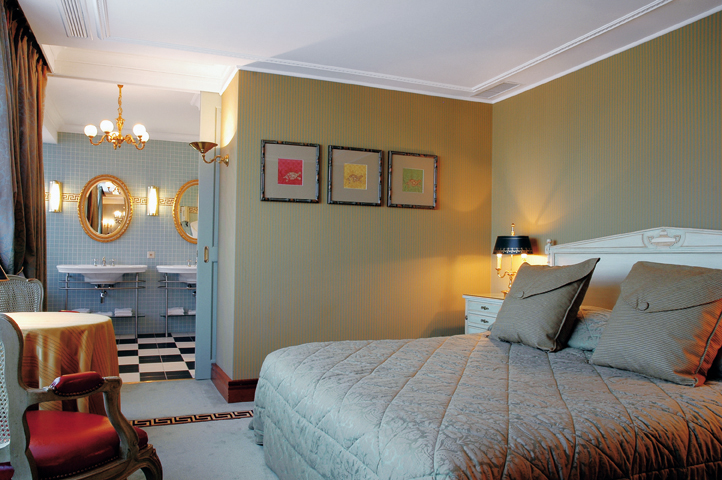 HOTEL ROYAL MANOTEL 4*S