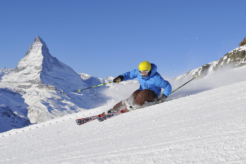 Ski and snowboard_cr_Michael Portmann (2).jpg