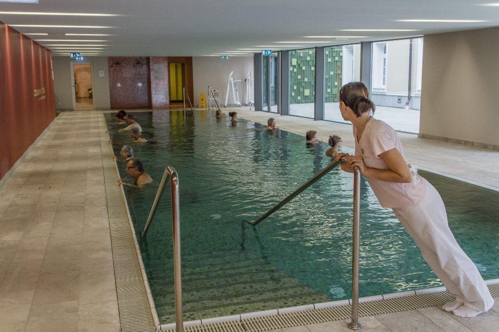 Health_center_Valetuda_REHA-pool2.jpg