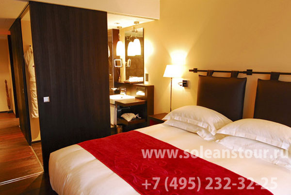 HOTEL EASTWEST 4* S